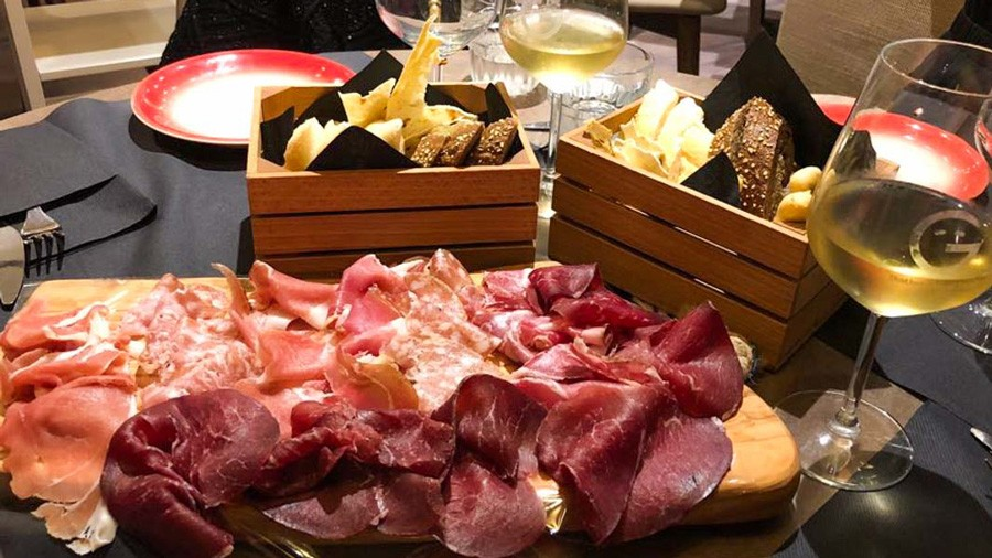 Meat platter, Italy