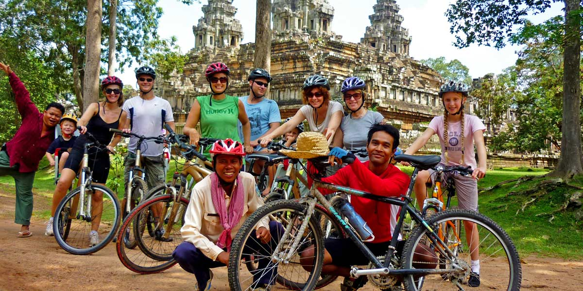 Family cycling tour Cambodia