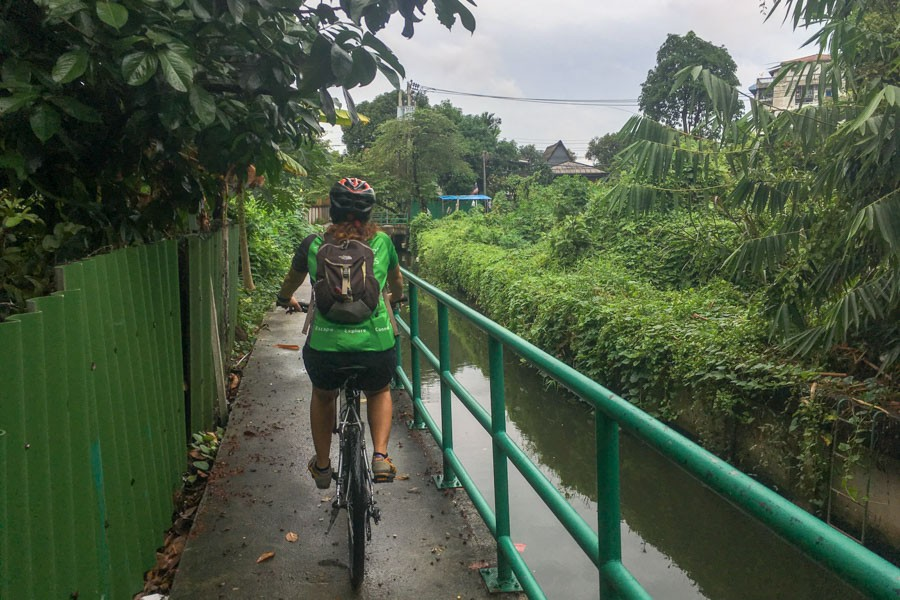Quiet canalside paths in central Bangkok