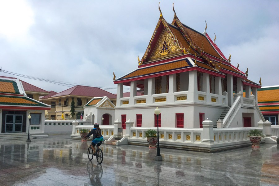 Wat Kalayanamitr temple