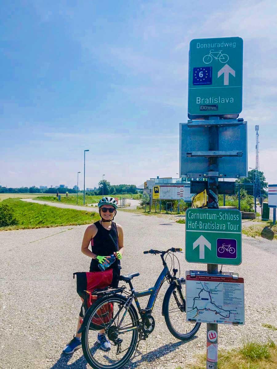Cycle route to Bratislava on Eurovelo 6
