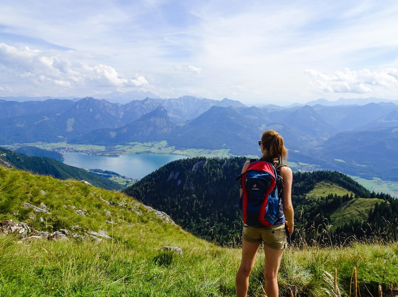 Wolfgangsee Lake Walker