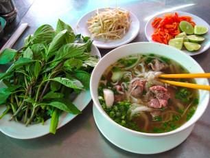 VN002 - Vietnamese food