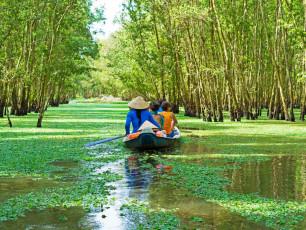 Angkor Wat to Hoi An - Mekong Canoe