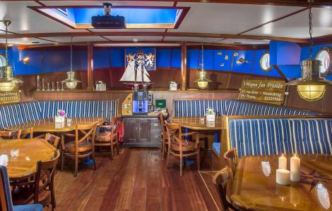 Wapen Fan Fryslan - Saloon & Restaurant